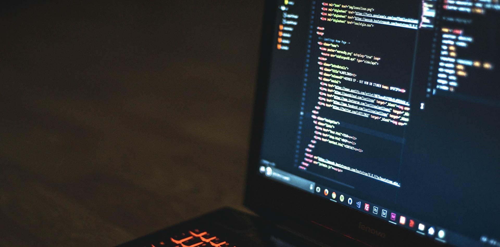 Zarządzanie aktualnością oprogramowania open source dla praktyków